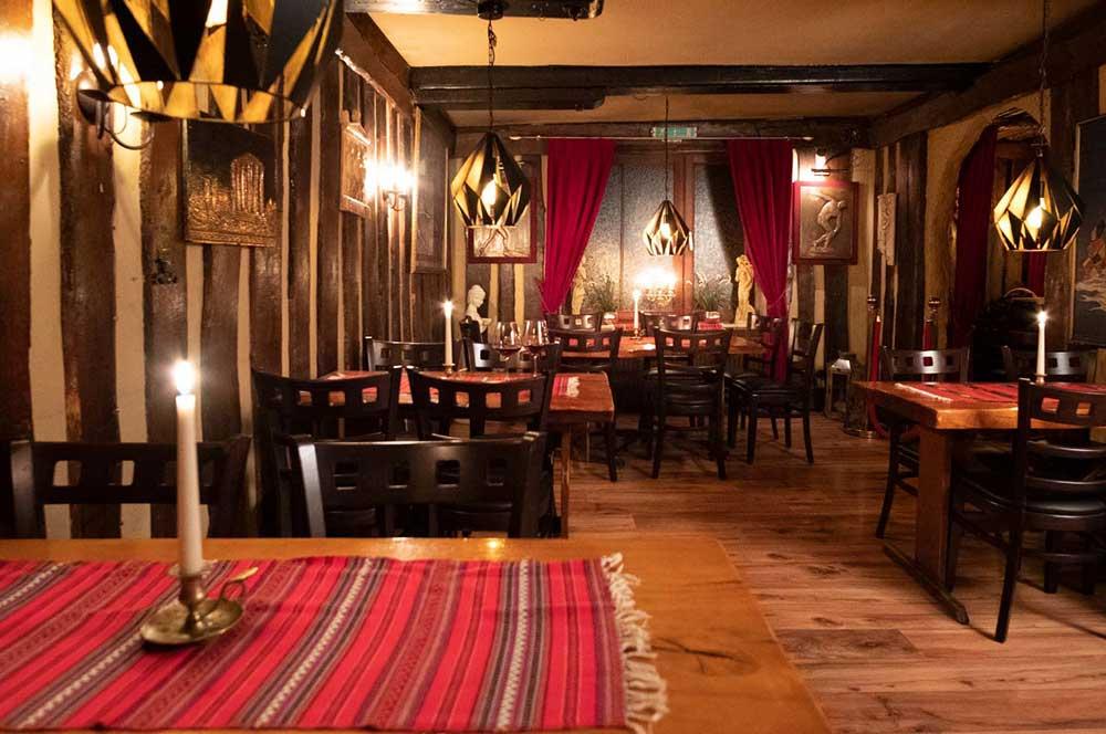 Unsere Räumlichkeiten der Taverna Kreta
